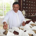 """Các bác sĩ nói gì về """"thần dược"""" chữa vô sinh của lương y Nguyễn Phú Lâm?"""