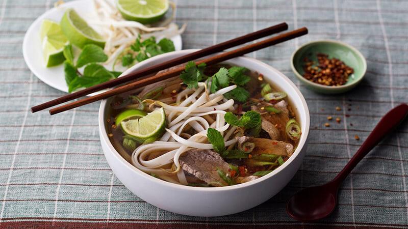 """Những món ăn Việt """"ngon nhất thế giới"""" có thể mê hoặc Tổng thống Mỹ"""