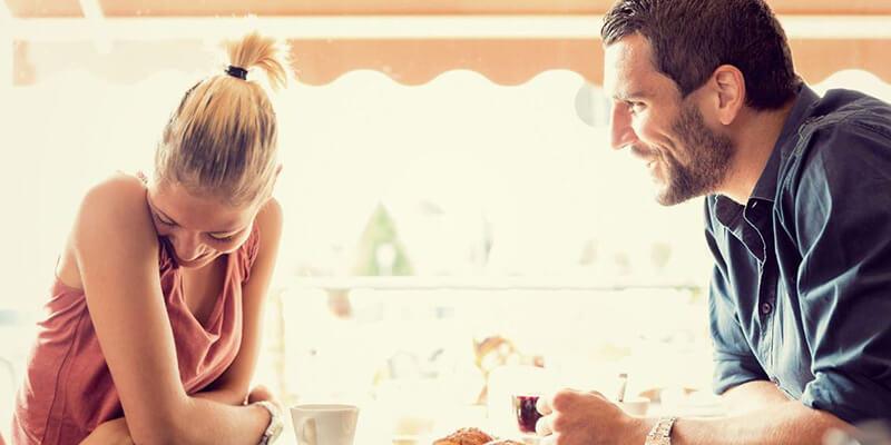 Bạn cần phải khắc phục tính hiếu thắng và cố chấp của bản thân để giữ gìn hạnh phúc gia đình (ảnh minh họa)