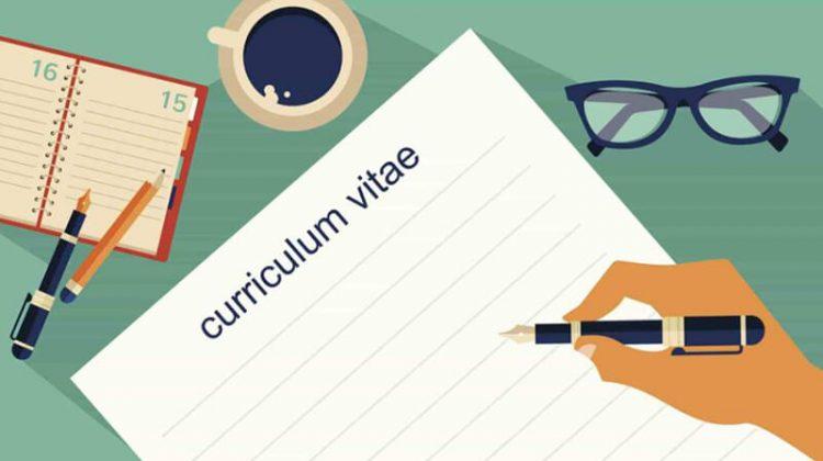 """4 điều lưu ý trong bản CV để có cú """"nhảy việc"""" thành công trong năm mới"""