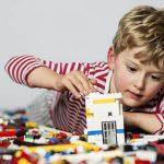 6 loại đồ chơi giúp bé phát triển trí não
