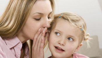 """Bà mẹ """"siêu nhân"""" và bí quyết tự dạy 15 đứa con học tại nhà"""