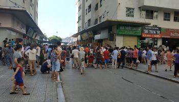 Bé trai bị chấn thương nặng do rơi từ tầng 10 chung cư Linh Đàm