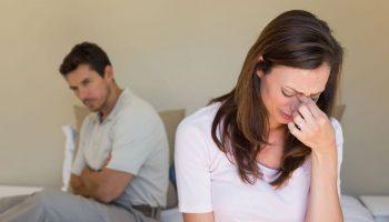 """Bị chồng """"cầm tù"""" trong chính nhà mình vì một sự hiểu lầm"""