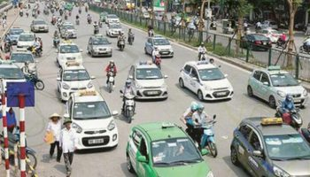 Hàng nghìn taxi ngoại tỉnh sắp tự động rời Hà Nội?