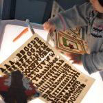 Mẹ trẻ 8x chia sẻ cách chơi Lightbox cùng con giúp bé phát triển