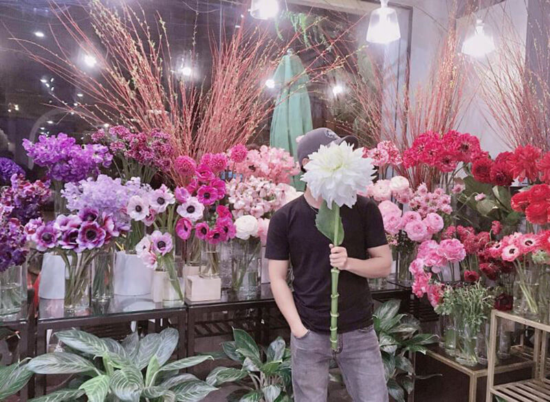 Mơ thấy hoa tươi ngập phòng nghĩa là sắp phát tài to bất ngờ