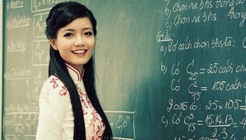 Ngày Nhà giáo Việt Nam 20/11 nằm mơ thấy thầy cô giáo