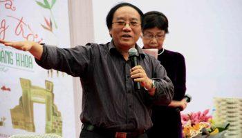 Nhà thơ Trần Đăng Khoa: Chúng ta đang tụt hậu!
