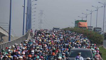 Nhiều chuyên gia lo Hà Nội cấm xe máy từ 2030 là 'nóng vội'