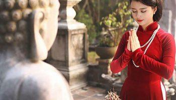 Những việc bạn không nên cầu khi đến chùa lễ Phật