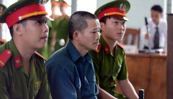 """Vụ án oan Huỳnh Văn Nén: """"Đại chiến"""" giữa các luật sư với điều tra viên (Kỳ 12)"""