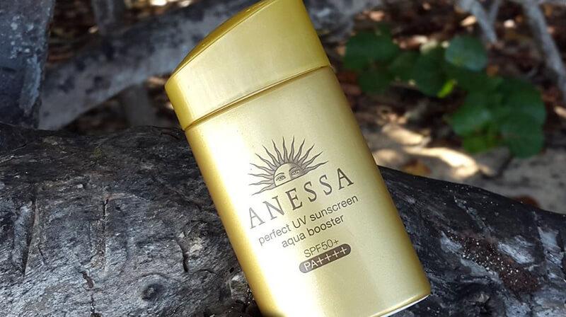 Kem chống nắng dành cho da nhạy cảm Anessa Perfect UV Sunscreen Mild Milk SPF35 và PA+++