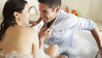 Làm gì khi vợ có nhu cầu sinh lý cao hơn chồng?
