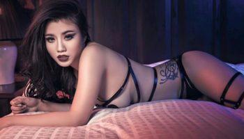 Bộ ảnh nội y của Linh Miu gây ý kiến trái chiều