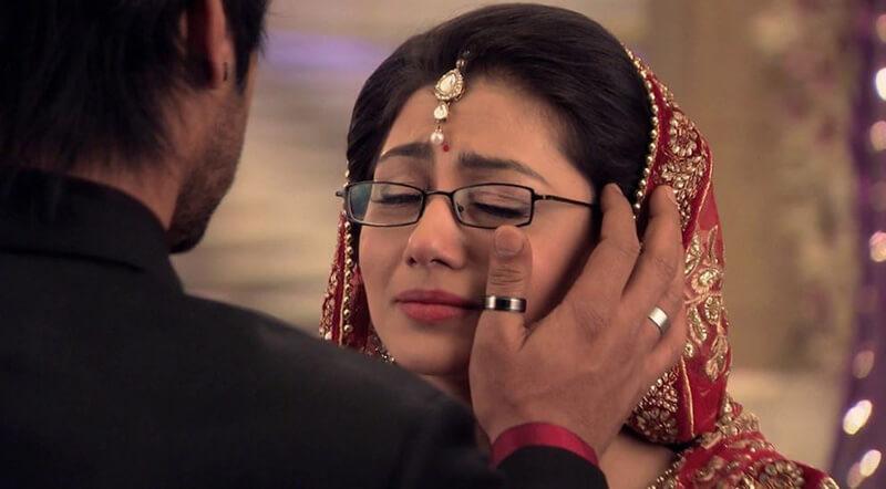 Chuyện tình cảm vô cùng đau khổ của người chị Pragya