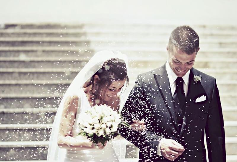 Nếu bạn mơ thấy mình đi xem bói với người khác giới, hãy vui mừng ngay nhé, điềm báo hôn nhân đã đến rất gần