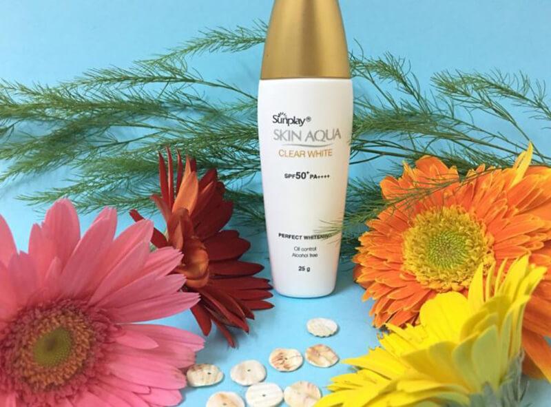 Kem chống nắng Sunplay Skin Aqua Clear White SPF 50+ PA++++
