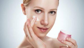 Review: 5 loại kem trị thâm quầng mắt có giá dưới 300 nghìn đồng