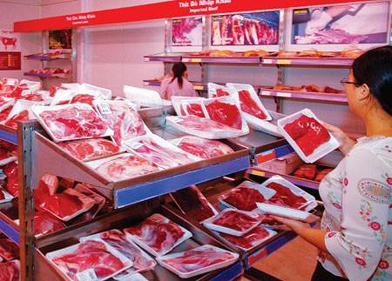 Nhiều loại thịt trâu Ấn Độ đông lạnh được bày bán khá nhiều trên thị trường