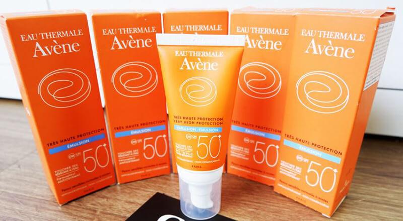 Kem chống nắng Avene Very High Protection Cream 50+ Fragrance Free 50ml dành cho da kích ứng