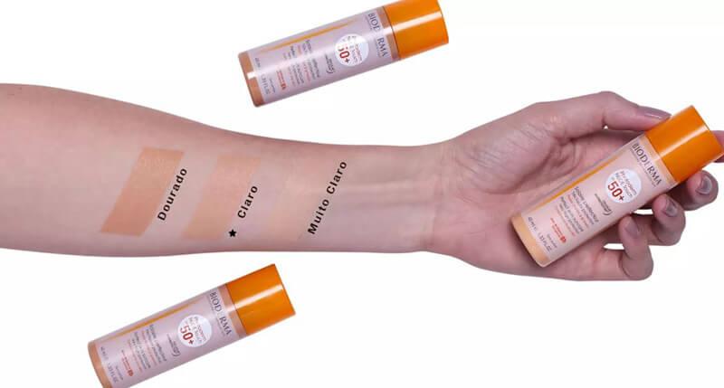 Kem chống nắng Bioderm Photoderm Nude Touch SPF 50+