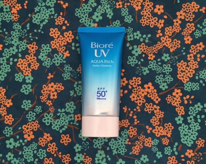 Kem chống nắng Bioré UV Aqua Rich Watery Essence SPF 50+ PA++++