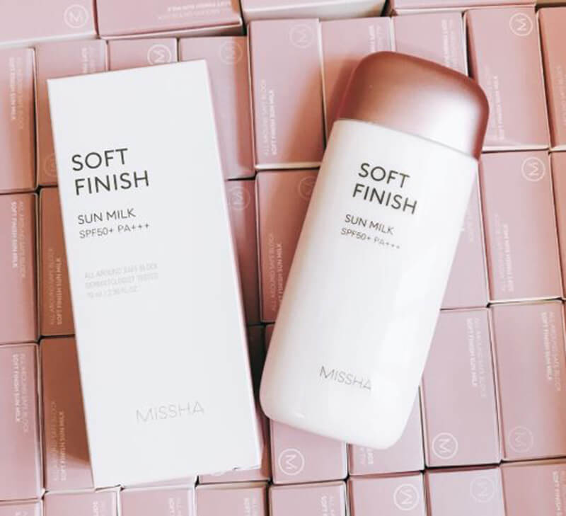 Kem chống nắng Missha All Around Safe Block Soft Finish Sun Milk SPF 50+ PA+++