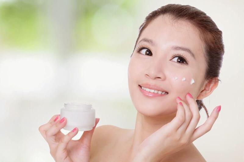 Kem chống nắng được xếp vào bước cuối cùng trong quy trình dưỡng da ban ngày