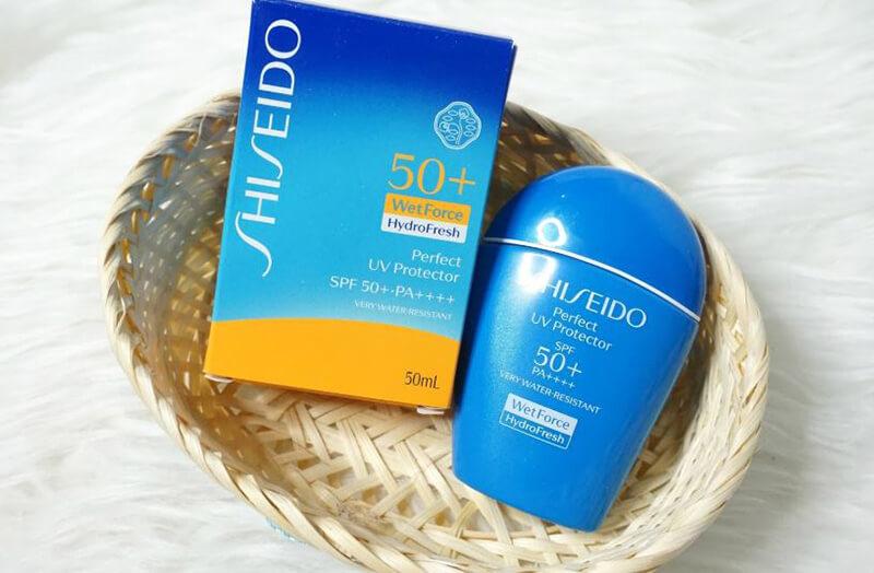 Sữa Chống Nắng Dưỡng Ẩm SHISEIDO Perfect UV Protector H